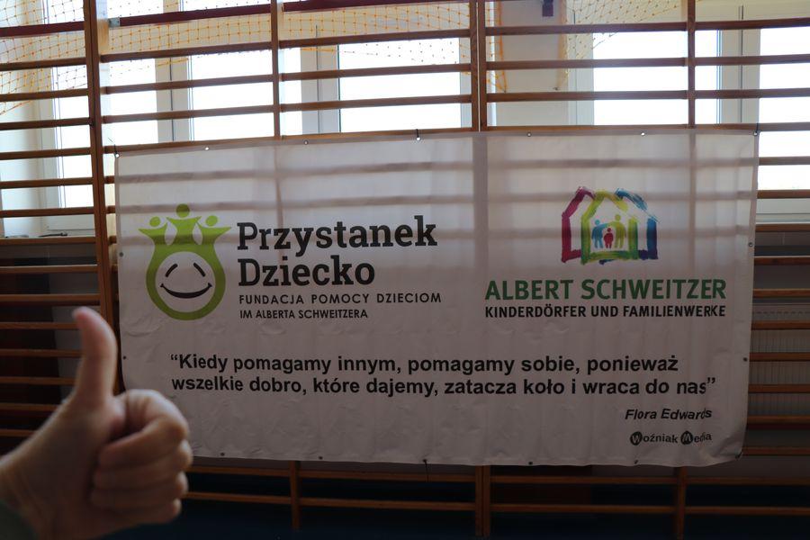 Banner Albert Schweitzer Kinderdörfer und Familienwerke